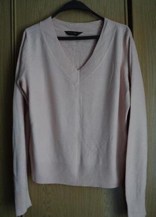 Женский свитерок размер 52