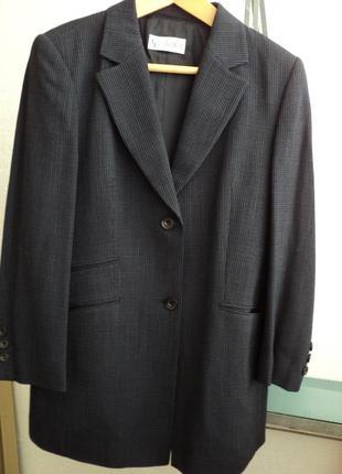 Классный женский пиджак,размер 48-50