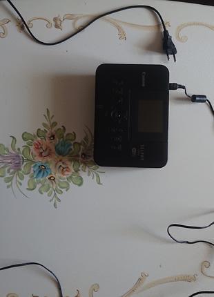 Продаю принтер с печатю фото canon .