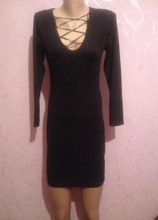 Платье на шнуровке завязках платье рубчик маленькое чёрное платье