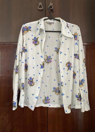 Гладкая белая рубашка с воротником с цветами