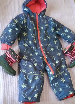 Комбинезон и ботиночки на возраст 2-3 года