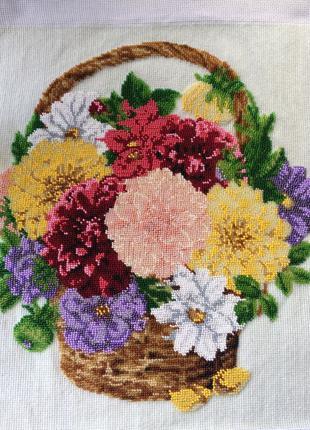 «Цветы в корзинке»картина бисером/«Квіти в кошику»картина бісером