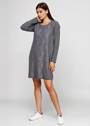 Платье прямого силуэта,  декорировано кружевом bpc selection (...