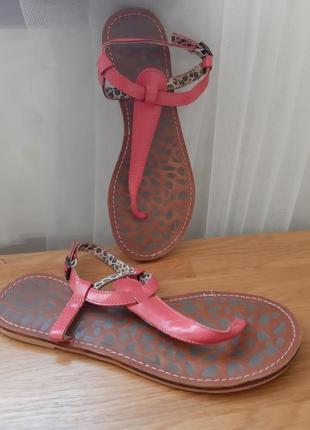 Лаковые кожаные сандали босоножки 37-38 размер
