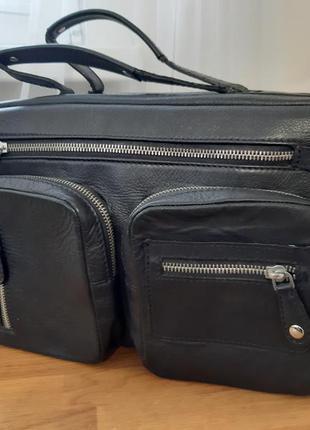 Кожаная сумка.можно как дорожная ручная кладь