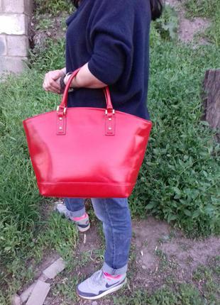 Кожаная сумка большая красная итальянская