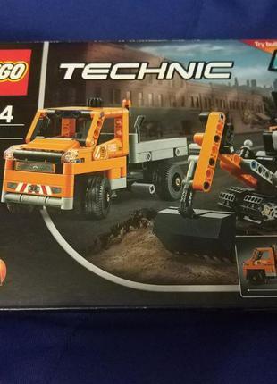 Конструктор LEGO TECHNIC Дорожная техника (42060)