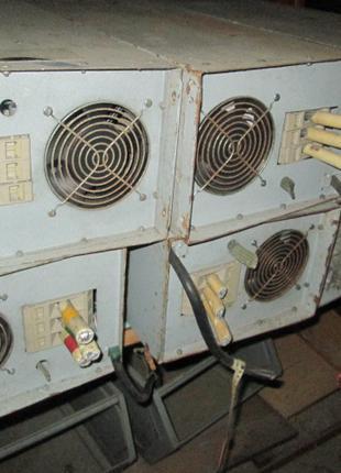 Регуляторы напряжение ТРНПС 380-220, тиристорные. -25 штук. По 35