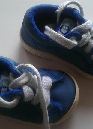 Chicco для первых шагов,кроссовки кеды 18 размер