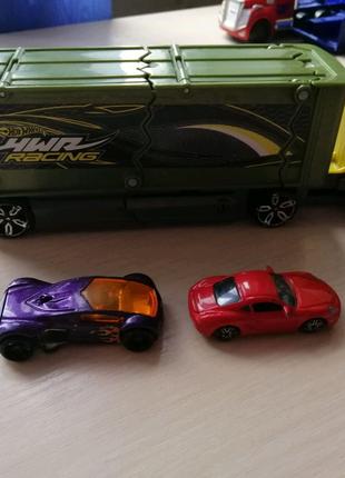 Машина хотвілс +2 машины в комплекте