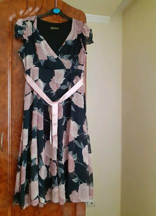 Платье миди шифоновое нарядное.
