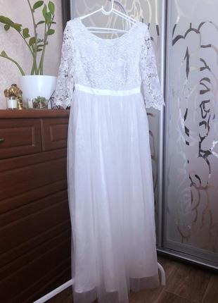 Шикарное белоснежное новое платье с биркой