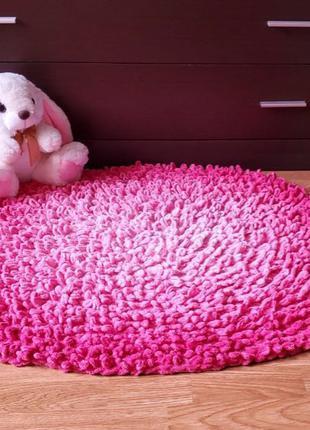 Плюшевый коврик из Alize Puffy