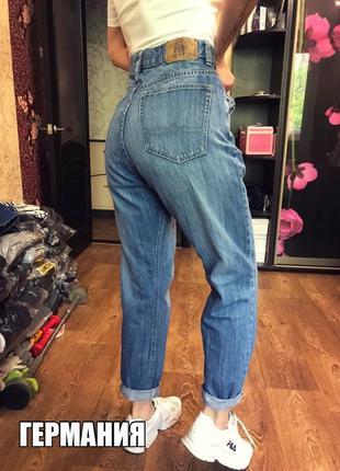 Брендовые джинсы с высокой посадкой мом бойфренд германия