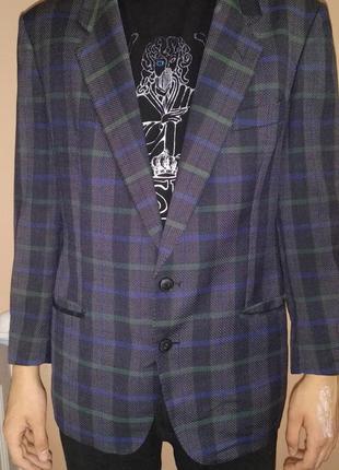 Пиджак стильний