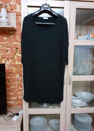 Очень стильное вискозное тёплое платье большого размера