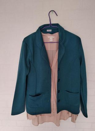 Тепленький весенний пиджак
