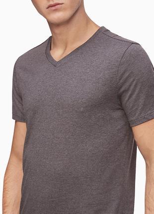 Шикарная футболка Calvin Klein!Оригинал!