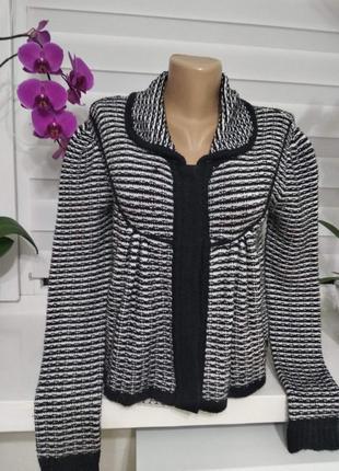 Распродажа свитеров- кардиган короткий теплый-футболка в подарок
