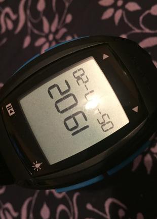 Часы пульсометр Onrhythm 500