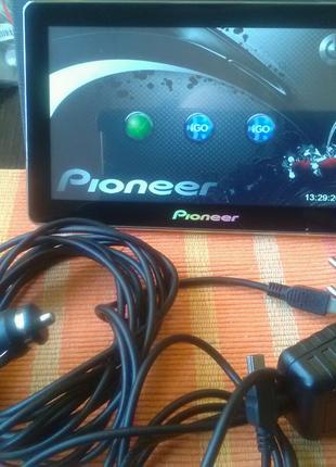Навигатор + телевизор Pioneer.