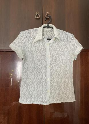 Кружевная рубашка с воротником до короткого рукава белая