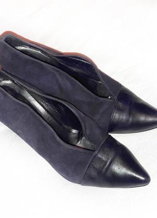 Замшевые фиолетовые туфли