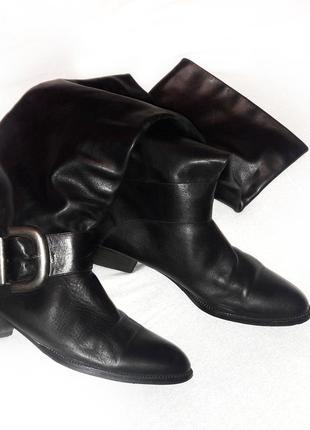 Кожаные черные итальянские сапоги