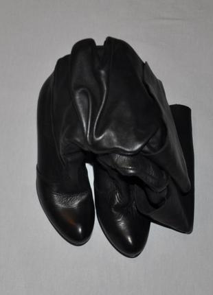 Итальянские черные кожаные сапоги