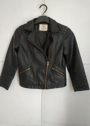 Стильная куртка-косуха  из искусственной кожи