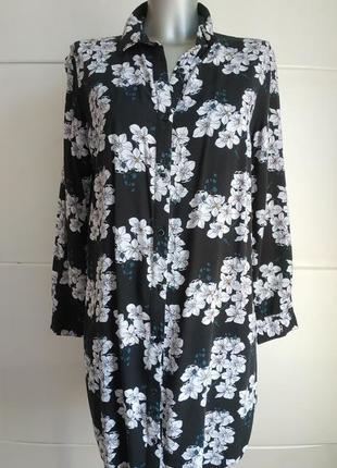 Оригинальное платье-рубашка с принтом красивых цветов