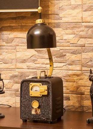 Креативный, оригинальный настольный светильник в стиле Loft., Кие