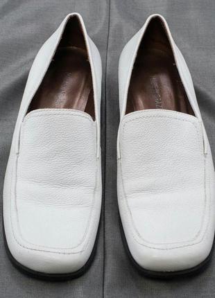 Лаконичные женские (унисекс) туфли лоферы