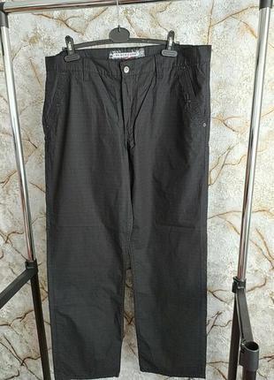 Мужские джинси летние тонкие черние в мелкую еле заметную клетку
