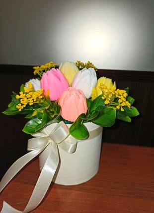 Цветы из мыла, букет, букет в коробке, подарок женщине