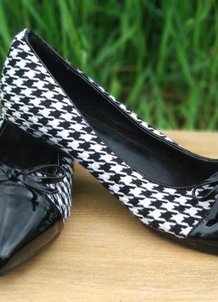 Туфли лодочки benetton балетки женские