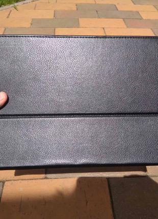 Чехол-трансформер для планшета в идеальном состоянии