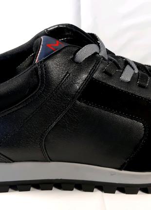 <<Стильные кожаные кроссовки MIDA. 40,43,44.