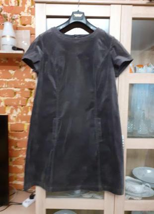 Очень стильное котоновое микровельветовое с карманами платье б...