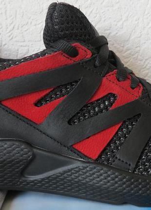 Лето легкие сетка! черные с красным мужские  кроссовки! новинк...