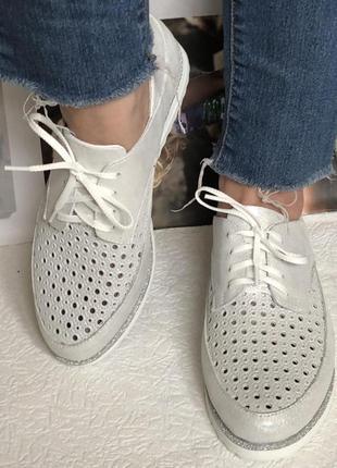 Женские кожаные летние туфли мокасины на шнурках с перфорацией...