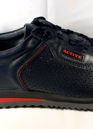 <<Стильные кожаные летние кроссовки MIDA. 44.