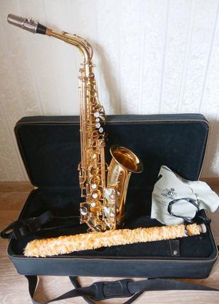 Саксофон Yamaha YAS-52
