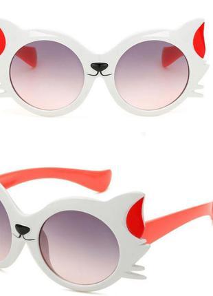 Модные солнцезащитные двухцветные детские очки от солнца котик...
