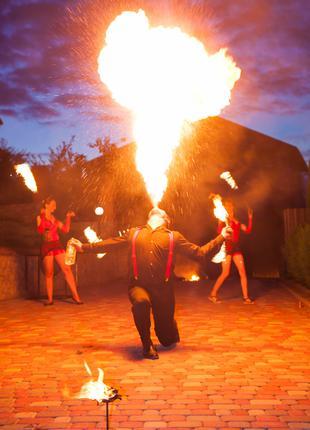 Вогняне шоу Тернопіль.Театр вогню SEMARGL
