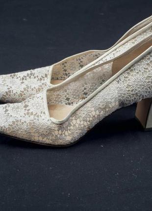 Свадебные туфли. кожаная подошва. винтаж.