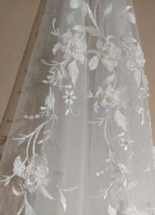Свадебная фата, ручная вышивка перламутровыми бусинами и 3д цветы