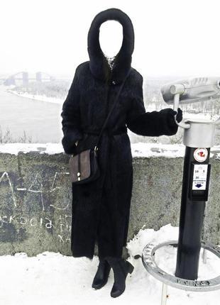 Шуба легкая натуральный мех нутрии, длинное пальто с разрезами...