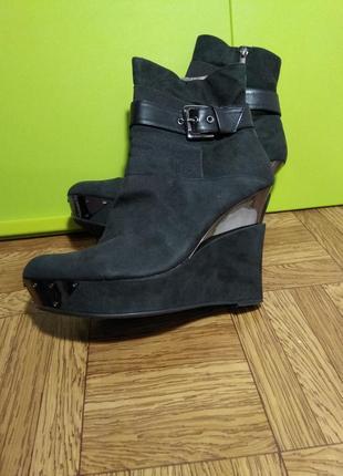 Крутые женские ботинки 40 41